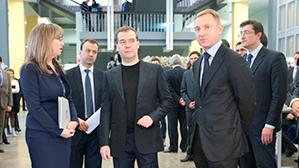 Медведев: качество обучения в частных вузах часто неудовлетворительное