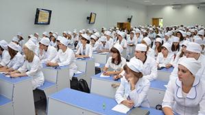 Минздрав: В аккредитацию врачей войдёт тестирование по типу ЕГЭ